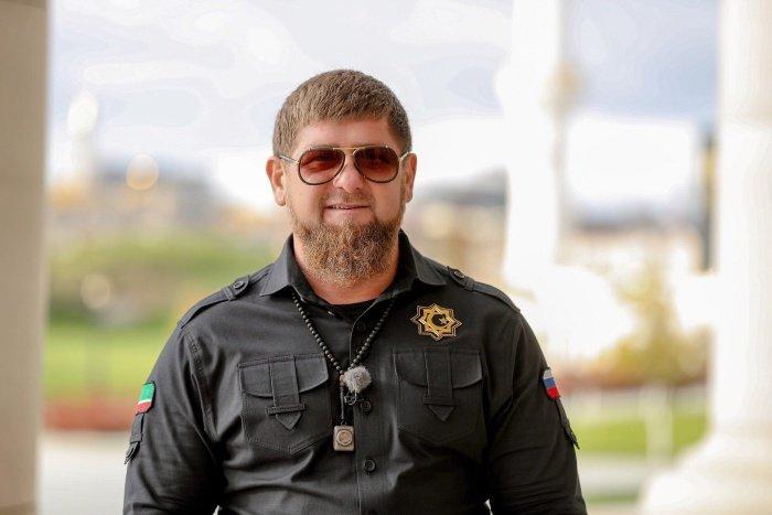 Кадыров поможет 200 женихам выкупить невест.