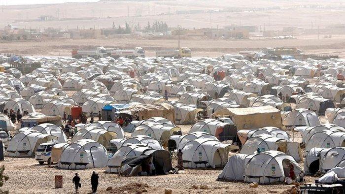 Гуманитарная ситуация в лагере Рукбан близка к катастрофической.
