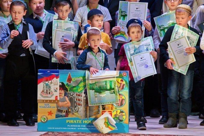 Победителей наградят дипломами и призами.