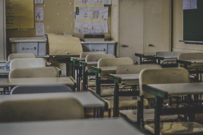 Выпускники школ, желающие получить высшее образование, могут сдать ЕГЭ