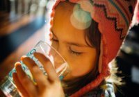Терапевт рассказала, сколько можно и нужно пить воды