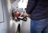 Названо 5 рискованных способов сэкономить на авто