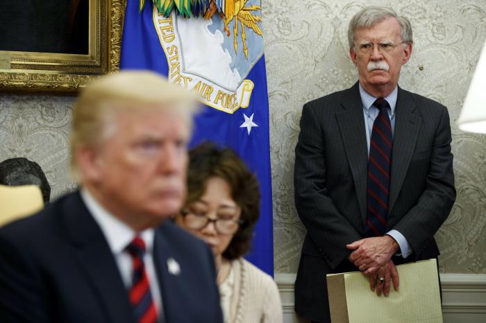 Джон Болтон заявил об отказе Трампа вводить санкции против Турции.