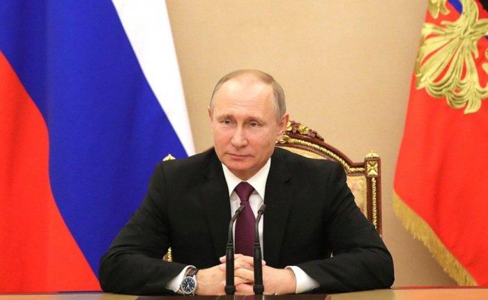 Президент России поздравил Татарстан со 100-летием.
