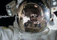 Подписан первый контракт на выход туриста в открытый космос