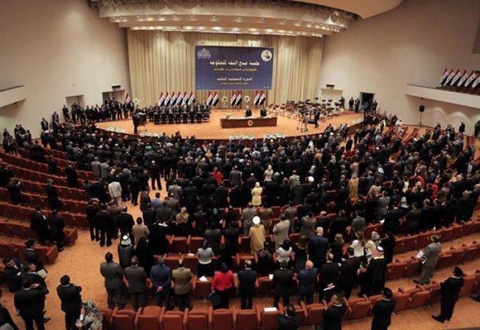 Коронавирус повлиял на работу иракского парламента.