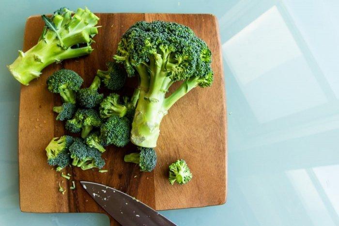 Чтобы получить дневную норму витаминов, необходимо съедать полкило разных овощей и фруктов