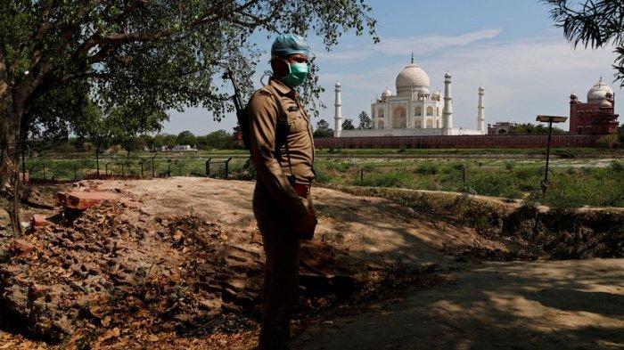 Власти Индии объявили о продлении карантина по коронавирусу.