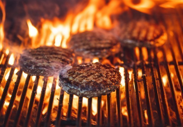 Слухи о категорическом вреде мяса, полагает медик, преувеличены