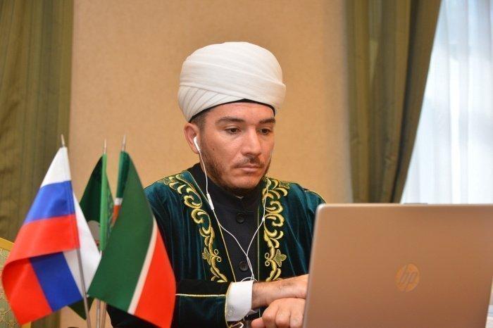 Ильфар хазрат Хасанов выступил в секции «Положение мусульман Европы после пандемии»