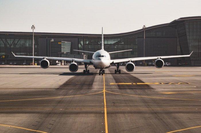 Власти республики приостановили внутреннее и международное авиасообщение с 17 марта 2020 года из-за распространения в стране COVID-19