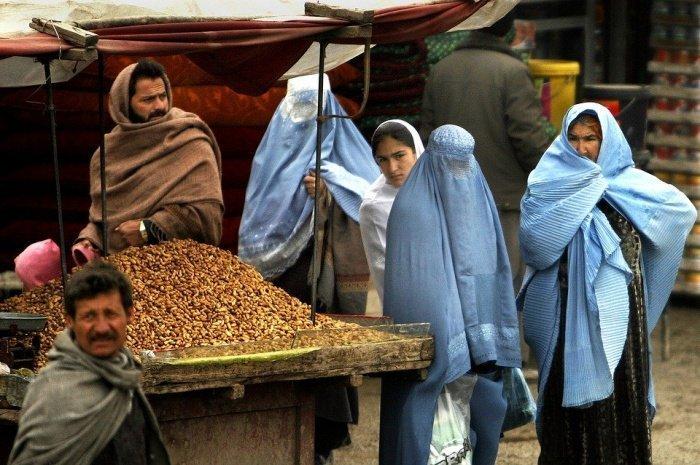 12 стран предложили провести межафганские переговоры у себя