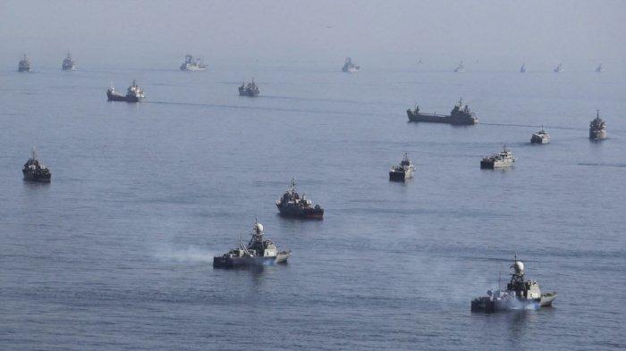 В Персидском заливе стартуют военные учения КСИР.