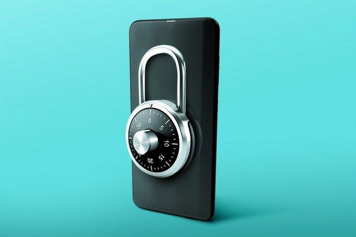 Часто взламывают пароли, которые состоят только из чисел или построены на основе отдельных слов, для чего используются специальные словари