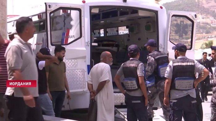 Сотни человек отравились шаурмой в Иордании.