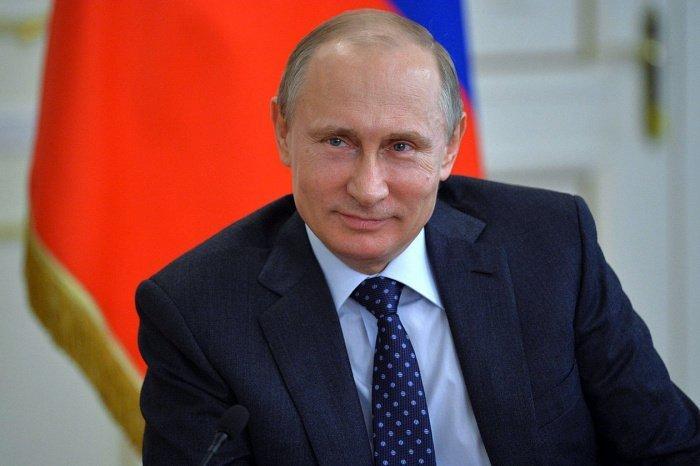 Президент России поздравил мусульман с Курбан-байрам.
