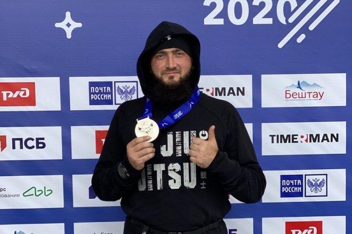 Камиль Самигуллин принял участие во всероссийском забеге.