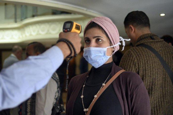 Минздрав Египта сообщил об уменьшении числа новых случаев коронавируса.