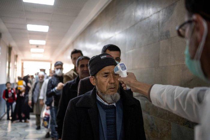 Число заражений коронавирусом в Афганистане продолжает расти.