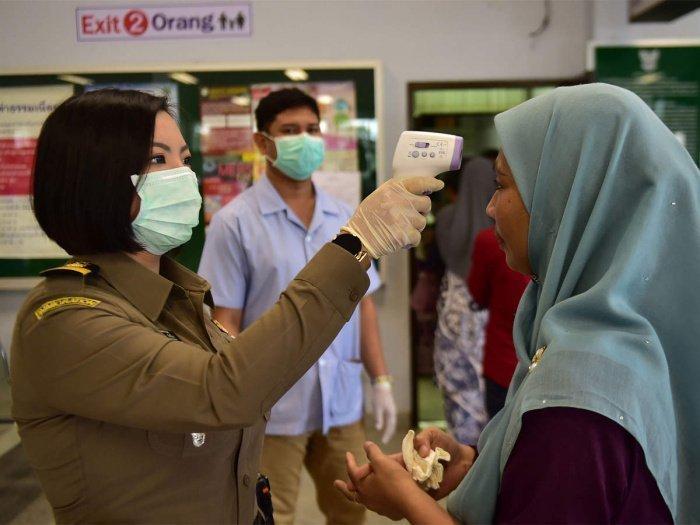Власти Малайзии рассказали, как будут открывать границы.