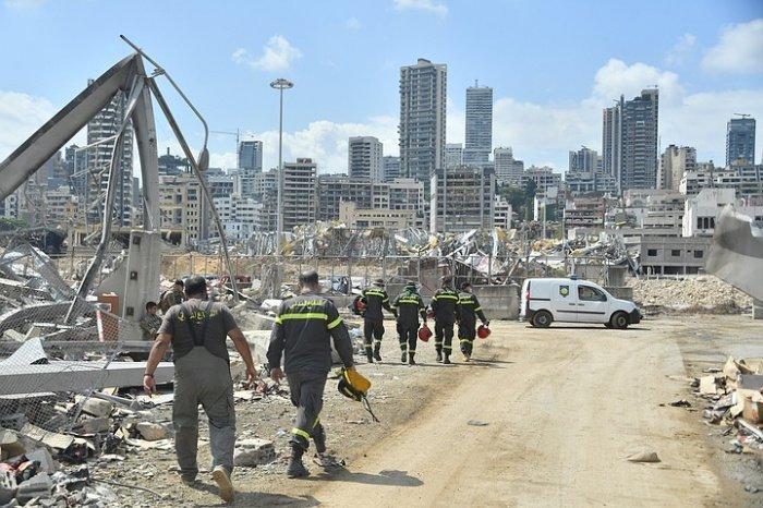 Расчистка завалов на месте трагедии продолжается.