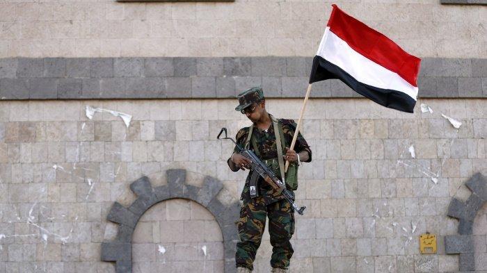 Йеменские военные ворвались в посольство страны в Москве.