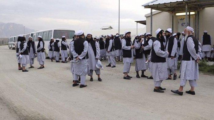 Талибы обеспокоены угрозой нападения со стороны ИГИЛ.