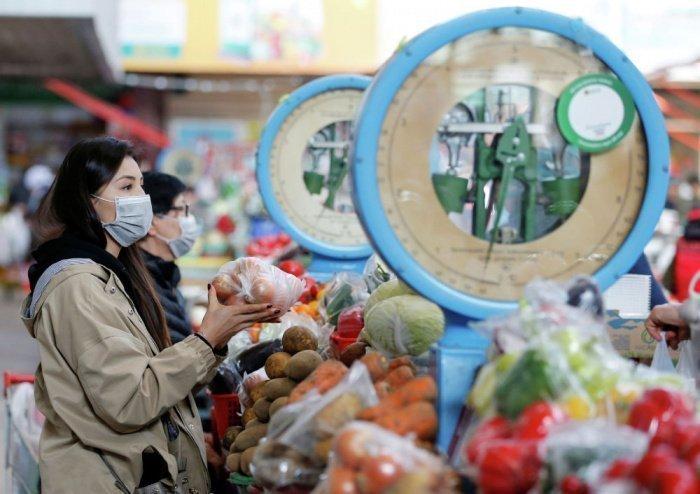 Власти Казахстана объявили о смягчении ограничений по ковиду.