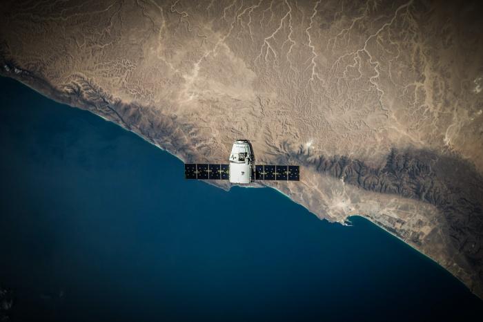 Для корректировки траектории были впервые включены все 6 двигателей Delta-V, чтобы зонд напрямую летел в сторону марсианской орбиты