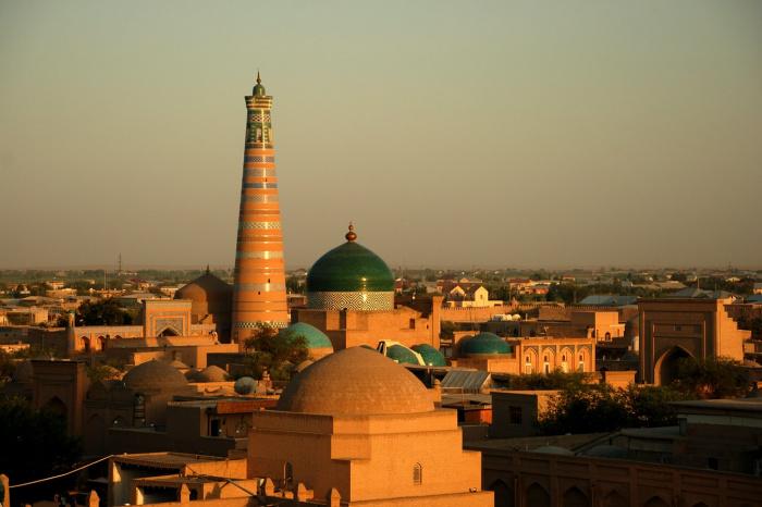 Число случаев заражения коронавирусом в Узбекистане превысило 37 тыс