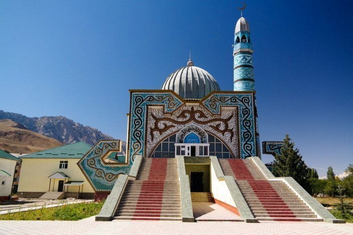 В Киргизии зарегистрировано 43 126 случаев заражения COVID-19, выздоровели 36 615 человек, 1 057 скончались