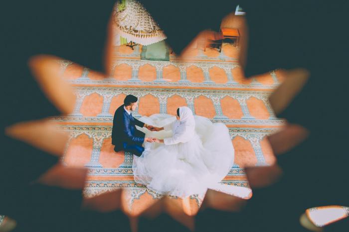 Выполнил ли жених требования невесты, неизвестно, однако свадьба в результате состоялась