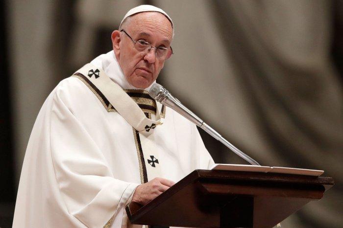 Глава католической церкви призвал Турцию и Грецию урегулировать спор.
