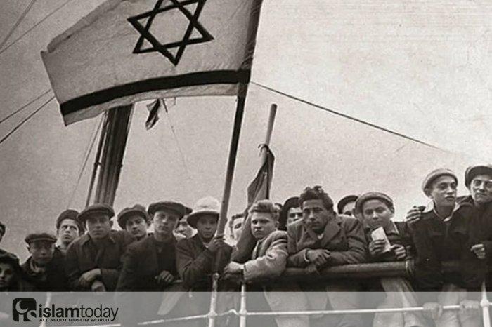Книга об иранских евреях (Источник фото: yandex.ru)