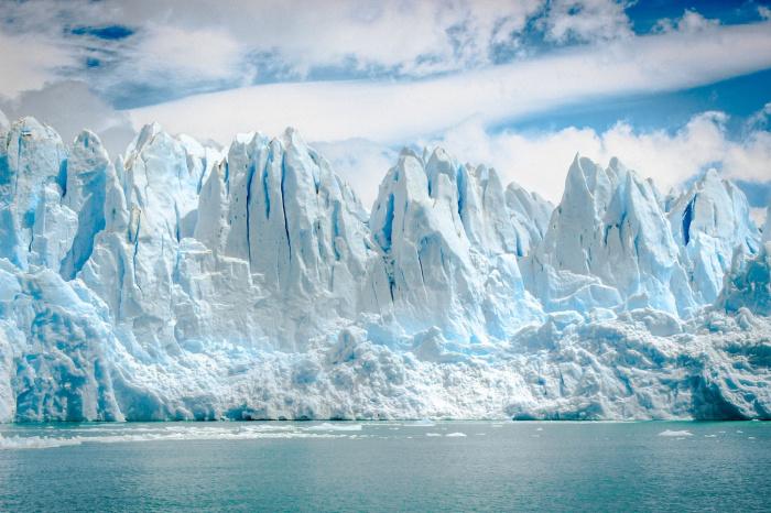 Последние наблюдения специалистов говорят о том, что океаны сейчас поднимаются на 4 мм ежегодно