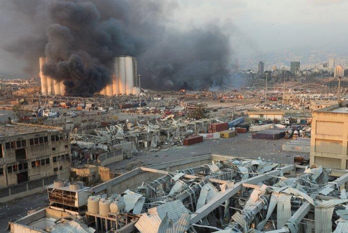 Порт Бейрута практически полностью разрушен.