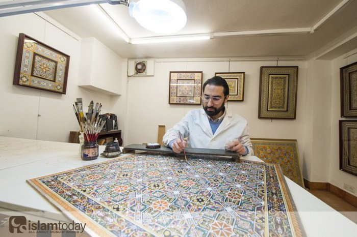 Испанец, хранящий культуру кордовского халифата