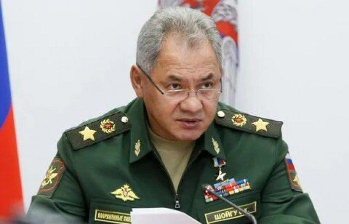 Шойгу заявил об активности американских бомбардировщиков у российских границ.