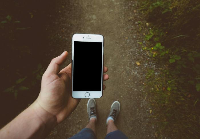 """Телефон может оказаться """"невольным"""" взрывным устройством или быть намеренно подброшенным в корыстных целях"""