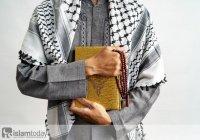 Считается ли верующим человек, который отвергает один из атрибутов Аллаха?  Ответ Абу Ханифы