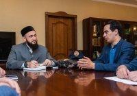 Муфтий РТ встретился со специалистом по реставрации исторических объектов