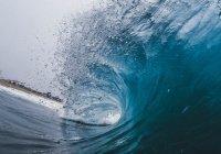 Установлен рекорд по покорению самой большой волны среди женщин
