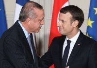 Эрдоган посоветовал Макрону «не связываться с Турцией»
