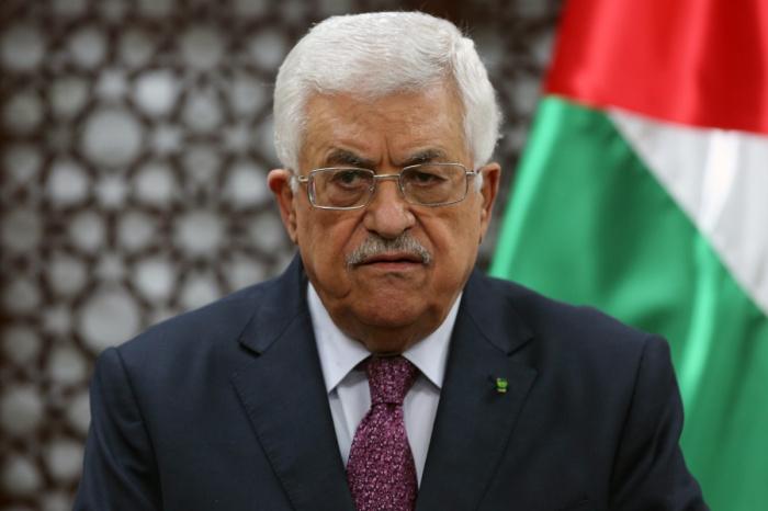 Махмуд Аббас выступил с решительным осуждением действий ОАЭ и Бахрейна.