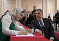 Премьер-министр Азербайджана поздравил Рустама Минниханова с переизбранием