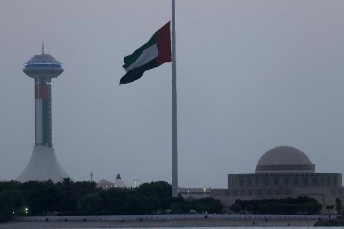 Стало известно о гибели члена королевской семьи в ОАЭ.