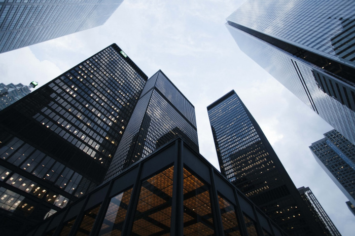 Всего у 7 компаний из 200 рост выручки оказался больше 50%. Лидерами роста стали строительная компания «Инград», «Адамас» и онлайн-ретейлер Wildberries