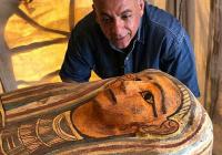 Под Каиром нашли 27 нетронутых саркофагов возрастом более 2500 лет