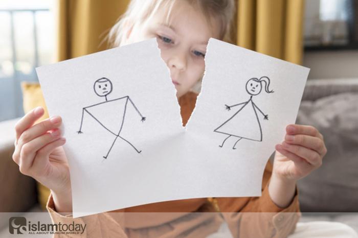 Можно ли вступать в брак, если есть молочное родство? (Источник фото: freepik.com)