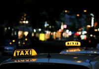 Жителей России предупредили о повышении цен на такси